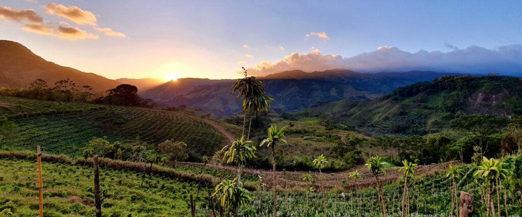 Costa Rica El Bueyerito Landschaft Sonnenuntergang